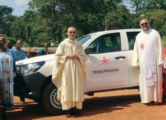 Bp Mazur: Każdy ochrzczony posłanym, aby wziąć udział w misji niesienia Chrystusa